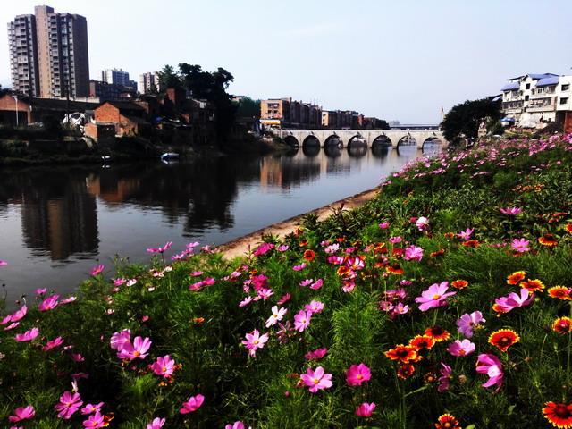 重庆铜梁区投入上亿元资金对小安溪沿途安溪